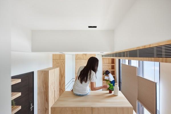 Thiết kế nội thất giá rẻ với nhà ở 35m2 với đồ gỗ tự nhiên 02