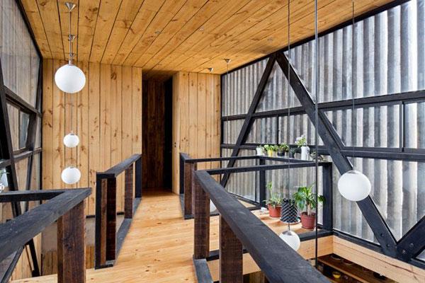 Thiết kế nhà phố bằng gỗ độc đáo với hai khối hộp chữ nhật chéo nhau tại Chile - ảnh 4