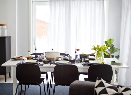 Ngôi nhà với cách trang trí nội thất không gian mở cho gia đình